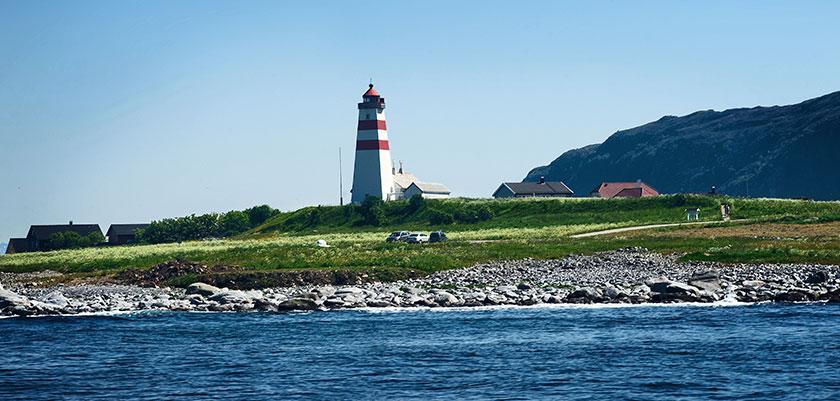 Alnes Island.jpg